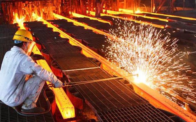 Thị trường thép miền Nam và miền Trung cạnh tranh khốc liệt vào những tháng đầu năm